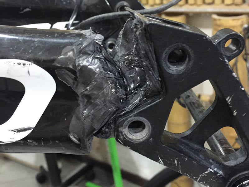 riparazione forcellino carbonio