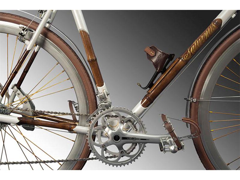 city bike, accessori in cuoio e dettagli in oro, biciclette artigianali, Carrus Cicli Savona